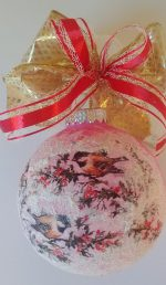 Christmas ornament with 2 birds